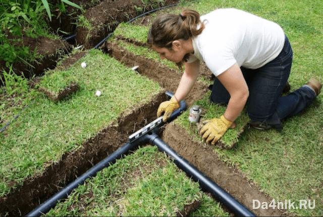 обустройство автоматического полива газона